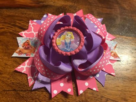 1 x 4.5 INCH RAPUNZEL RING HAIR BOW WITH BOTTLE CAP CENTRE + ALIGATOR CLIP